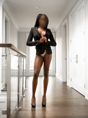 Franceska outcall escorts in Crawfordsville IN